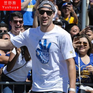 Klay Thompson Men's 2017 NBA Championship Parade Shirt
